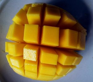 mango-cut-open-214268