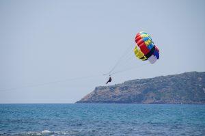 parasailing-823771_1920